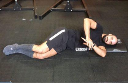 Tester la mobilité de l'épaule